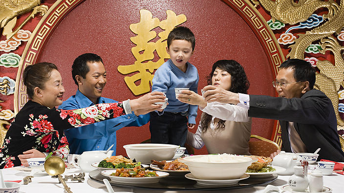 Table manners - Top tips when meeting people in China